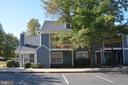 5856 Orchard Hill Ct