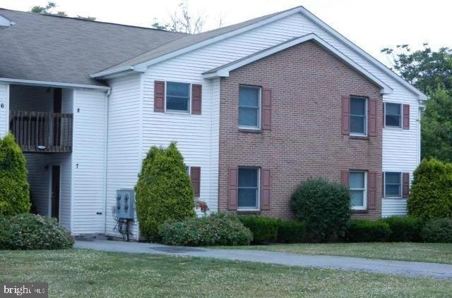 5350 RUSSELL CT 2, WHITEHALL, PA 18052