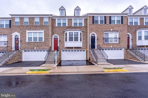 6246 Summit Point Ct, Alexandria, VA 22310