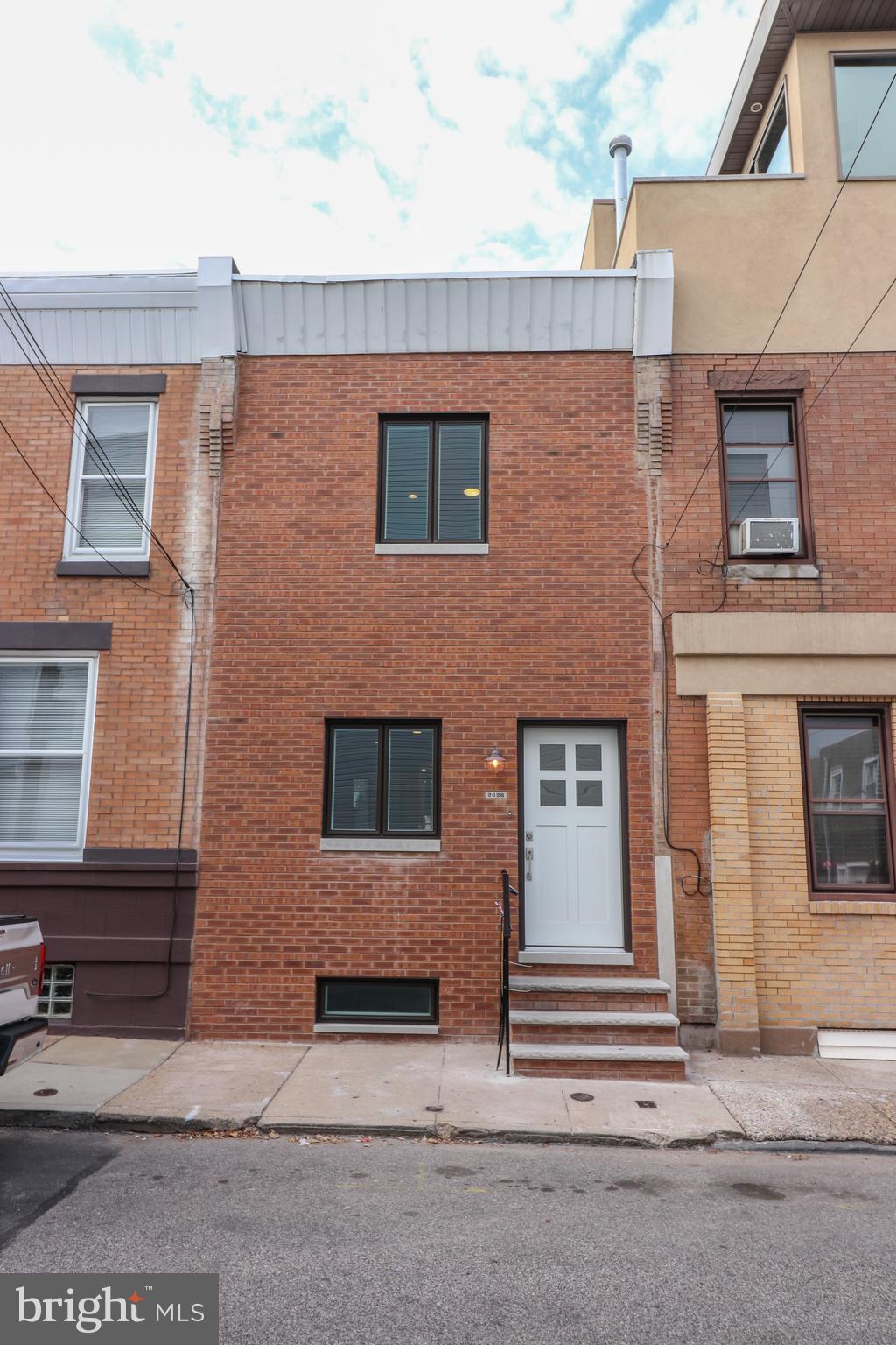 2626 LIVINGSTON STREET, PHILADELPHIA, PA 19125