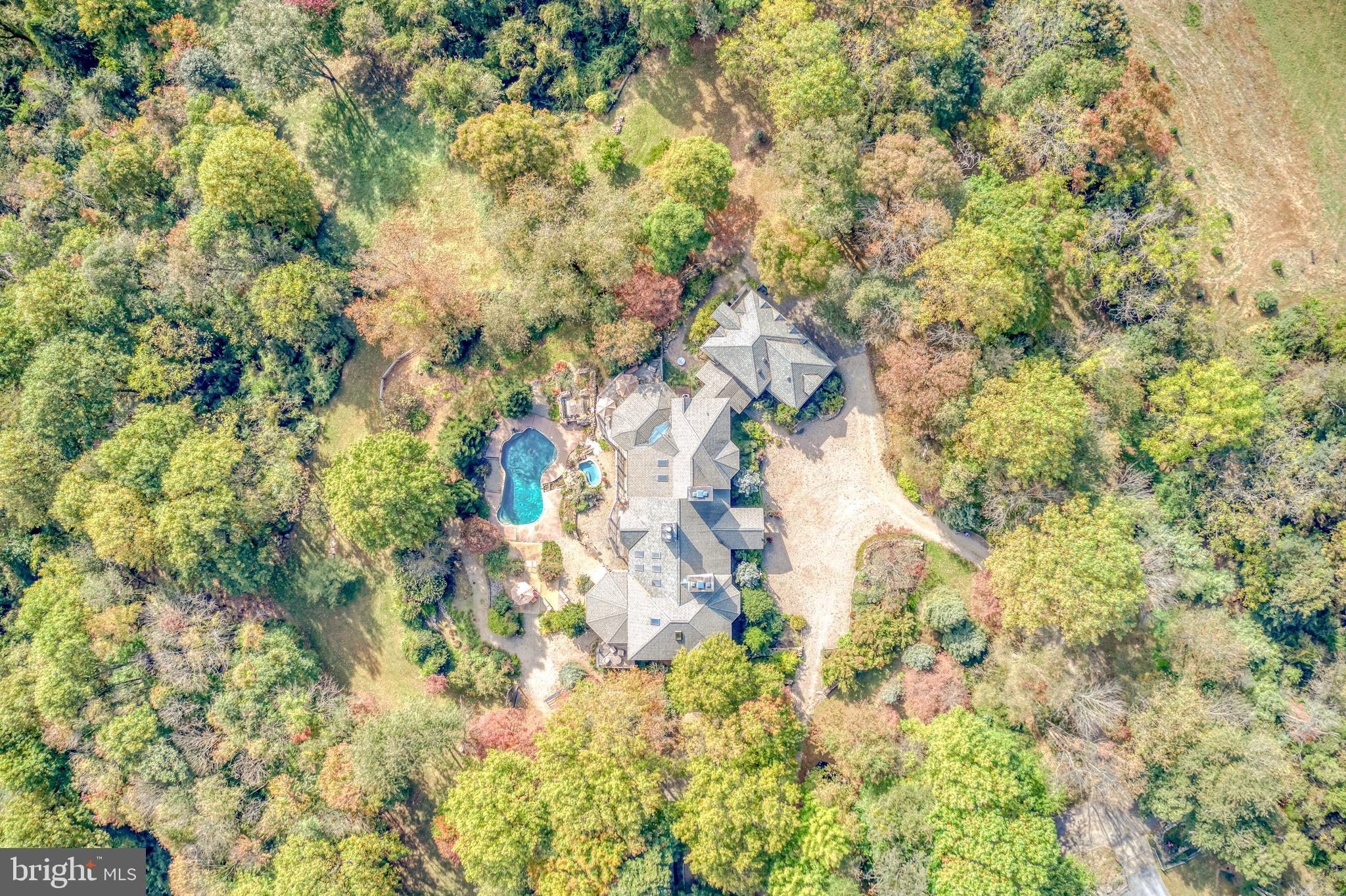 1930 HORSESHOE TRAIL ROAD, CHESTER SPRINGS, PA 19425