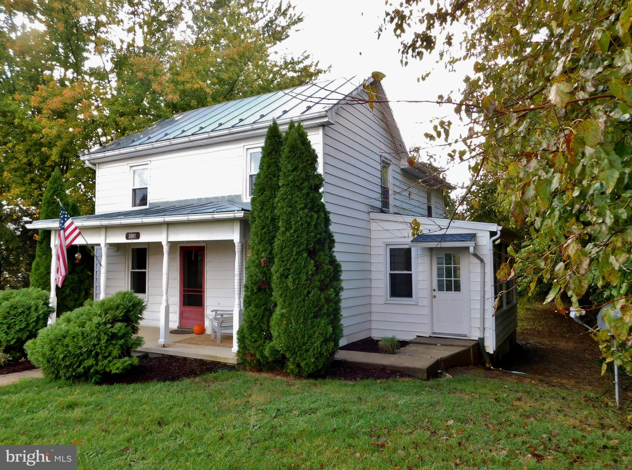 2083 BERRYVILLE PIKE, RIPPON, WV 25441