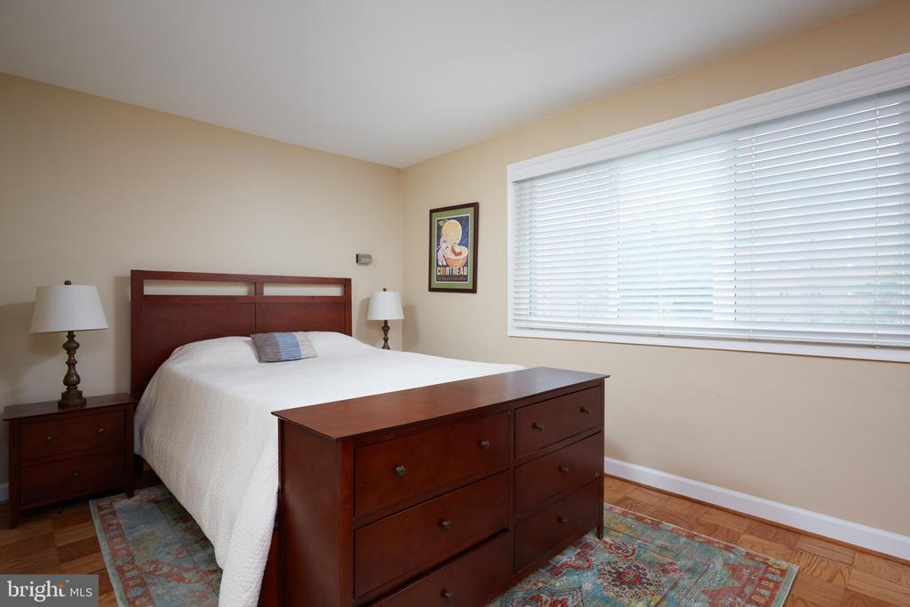 Photo of 1830 Columbia Pike #216