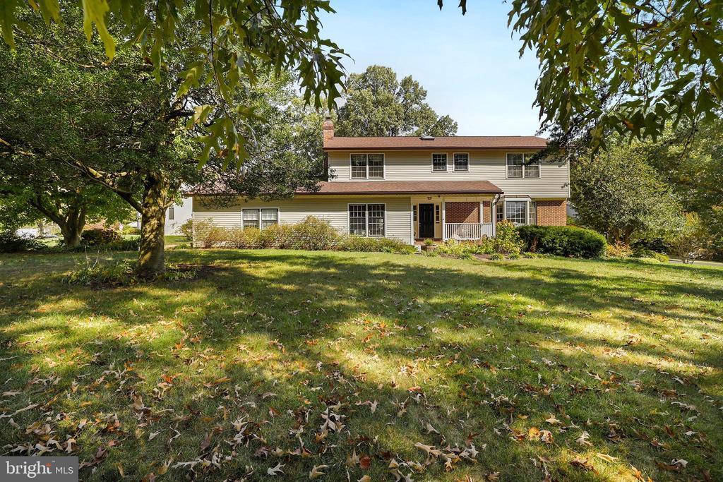4843 Powell Rd, Fairfax, VA 22032
