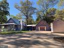 10755 Lake Forest Dr