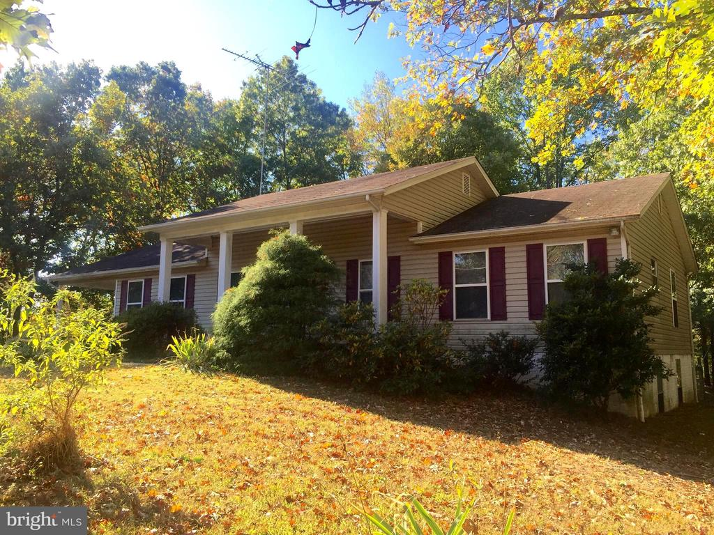 """Beautiful 3/4 acre lot, public water & sewer, no HOA, South County Schools.  This home gives someone a wonderful opportunity to renovate/customize just the way they always hoped their home would be. Property sold """"As Is"""". Cash, conventional financing only. Close to I-95, Rt 1, Ft Belvoir and Virginia Rail Express."""