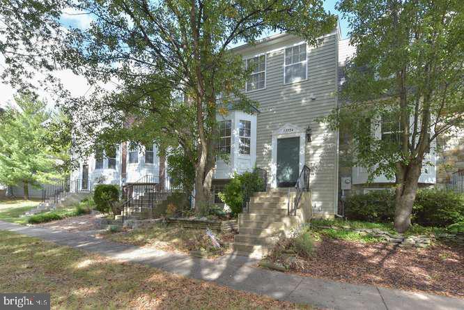 13934 New Braddock Rd, Centreville, VA 20121
