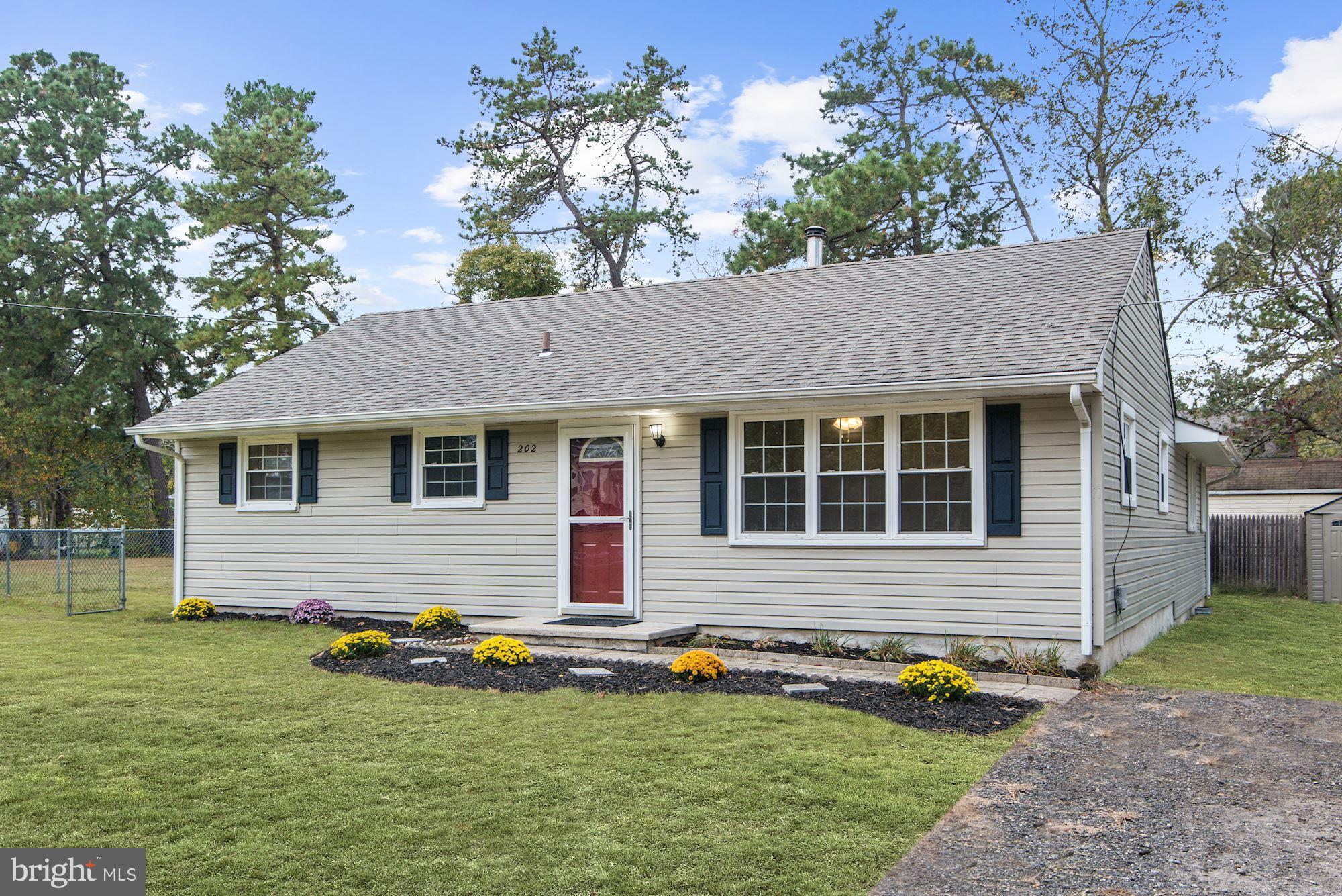 202 SHAWNEE TRAIL, BROWNS MILLS, NJ 08015