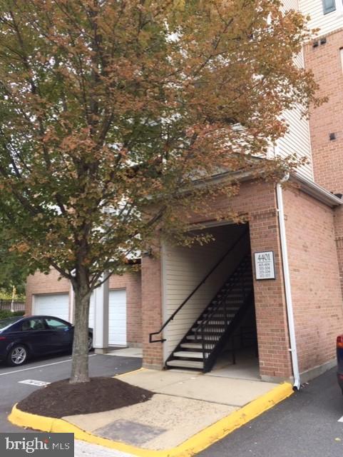 4401  WEATHERINGTON LANE  201, Fairfax, Virginia