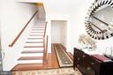 8243 Heritage Crossing Ct