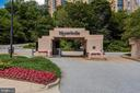 5904 Mount Eagle Dr #414