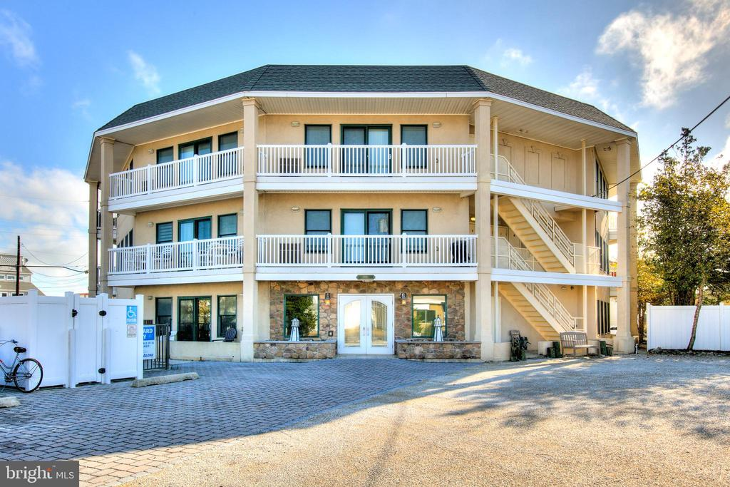 1810  CENTRAL AVENUE  1, Long Beach Island, New Jersey