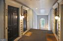 1724 Kingsgate Ct #304