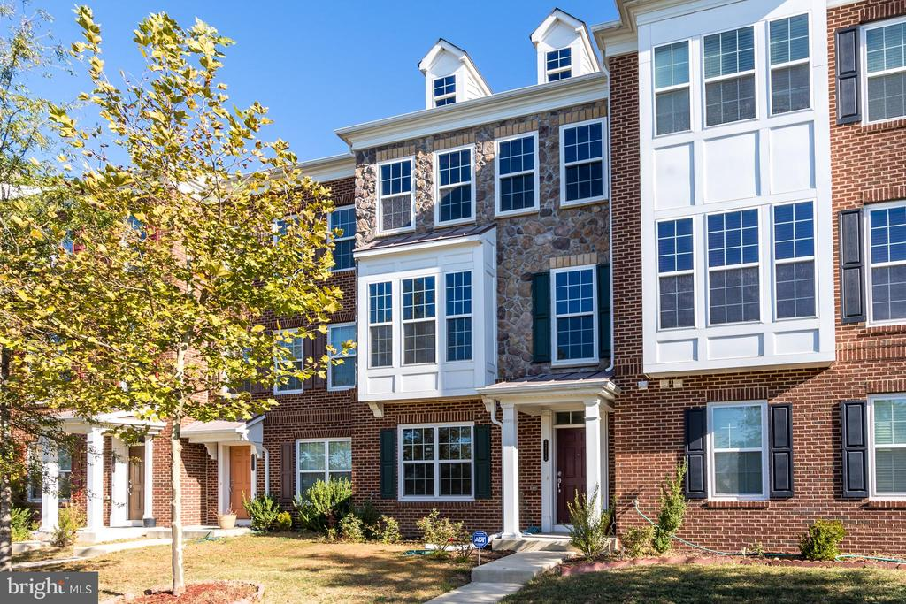 43513 WHEADON TERRACE #, CHANTILLY VA 20152