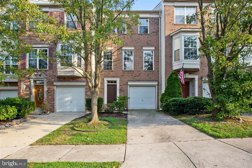 3955 Brickert Pl, Woodbridge, VA 22192