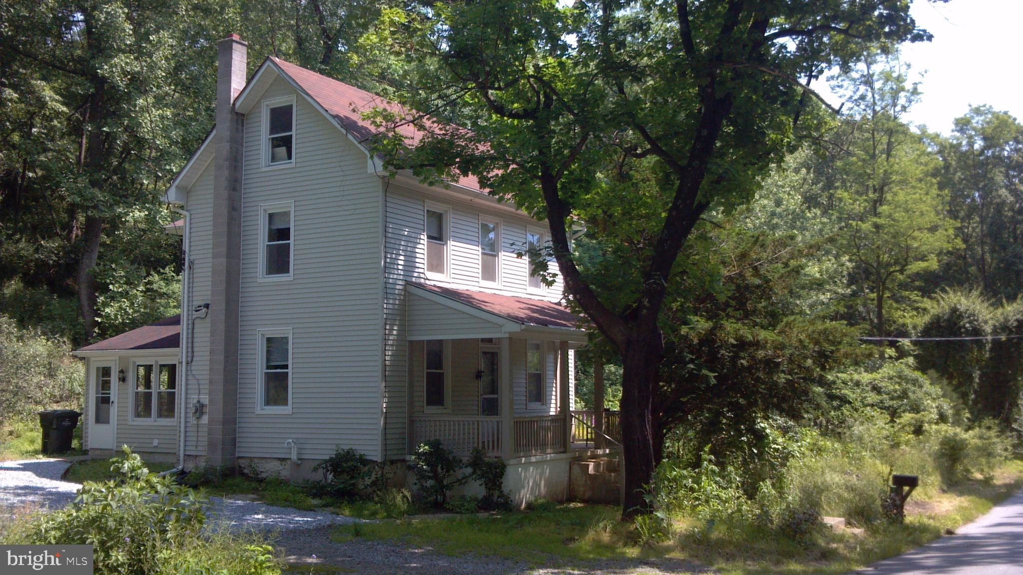 167 FROG HOLLOW RD