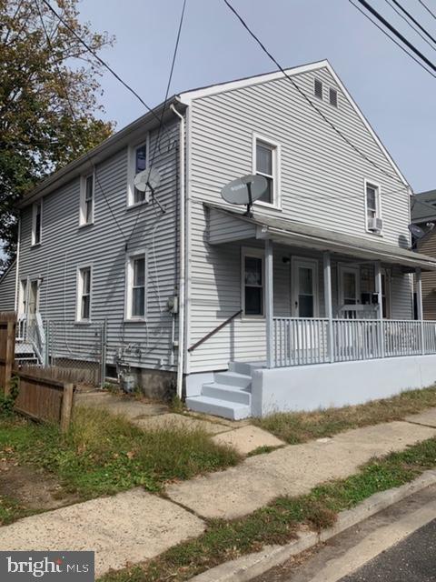 237 W BUCK STREET, PAULSBORO, NJ 08066