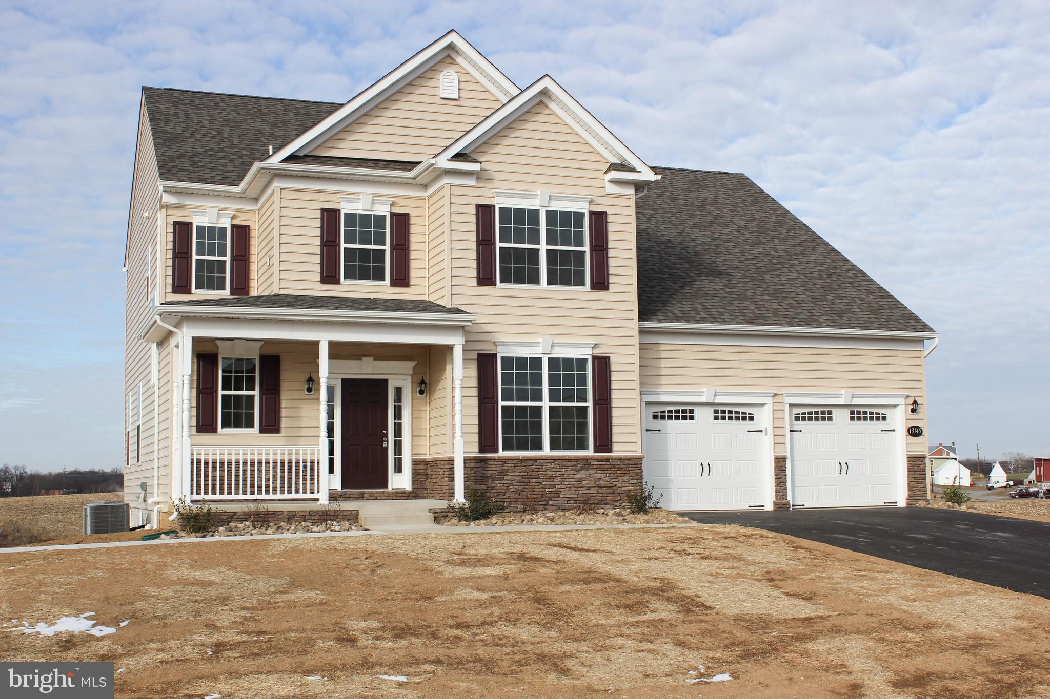 596 DORCHESTER DRIVE, FALLING WATERS, WV 25419