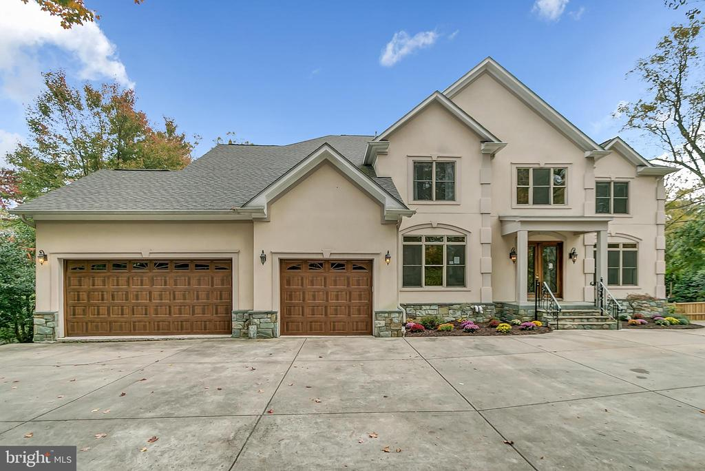 ***Multiple Offers - Please submit your Highest and Best*** Stunning Colonial with over 7,000 SF of finished space! Property features: 2-story foyer with gorgeous staircase, open kitchen with ample counter space and cabinetry, inviting master suite with sitting area and walk-in closets, basement has in-law suite with kitchen, lots of windows, 3-car garage, large deck, 3 fireplaces and a flat fenced yard! Excellent location - Winston Churchill School District! To help visualize this home~s floorplan and to highlight its potential, virtual furnishings may have been added to photos found in this listing.