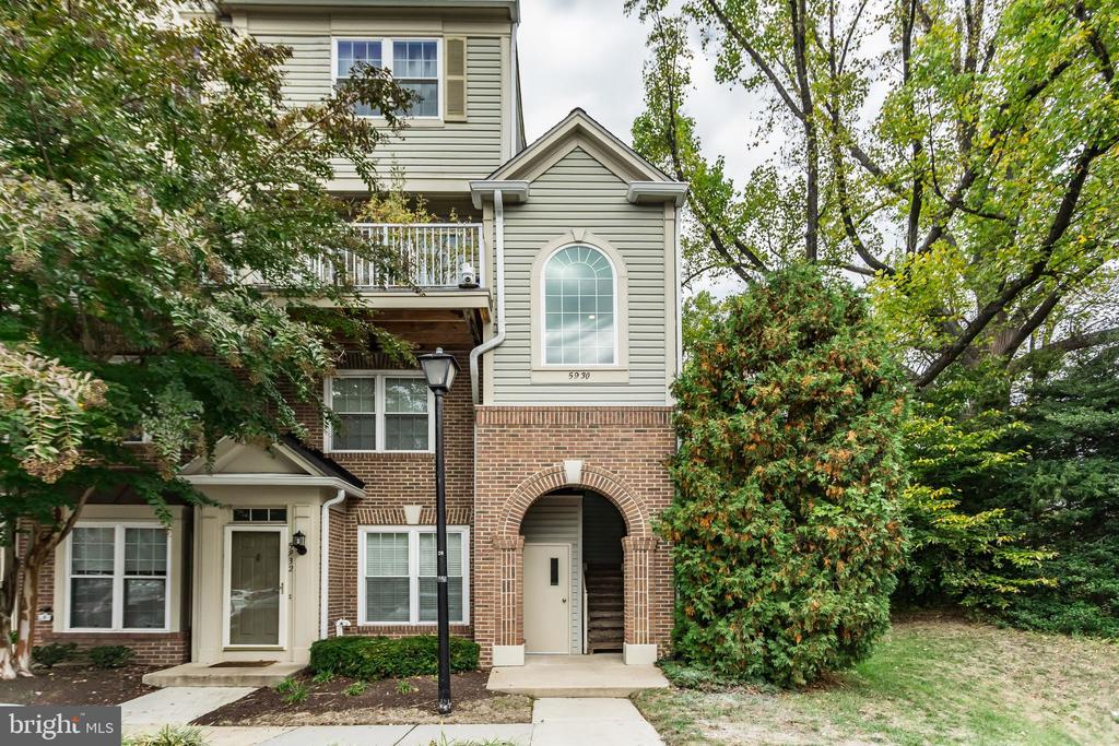 5930 KIMBERLY ANNE WAY # 101, ALEXANDRIA VA 22310