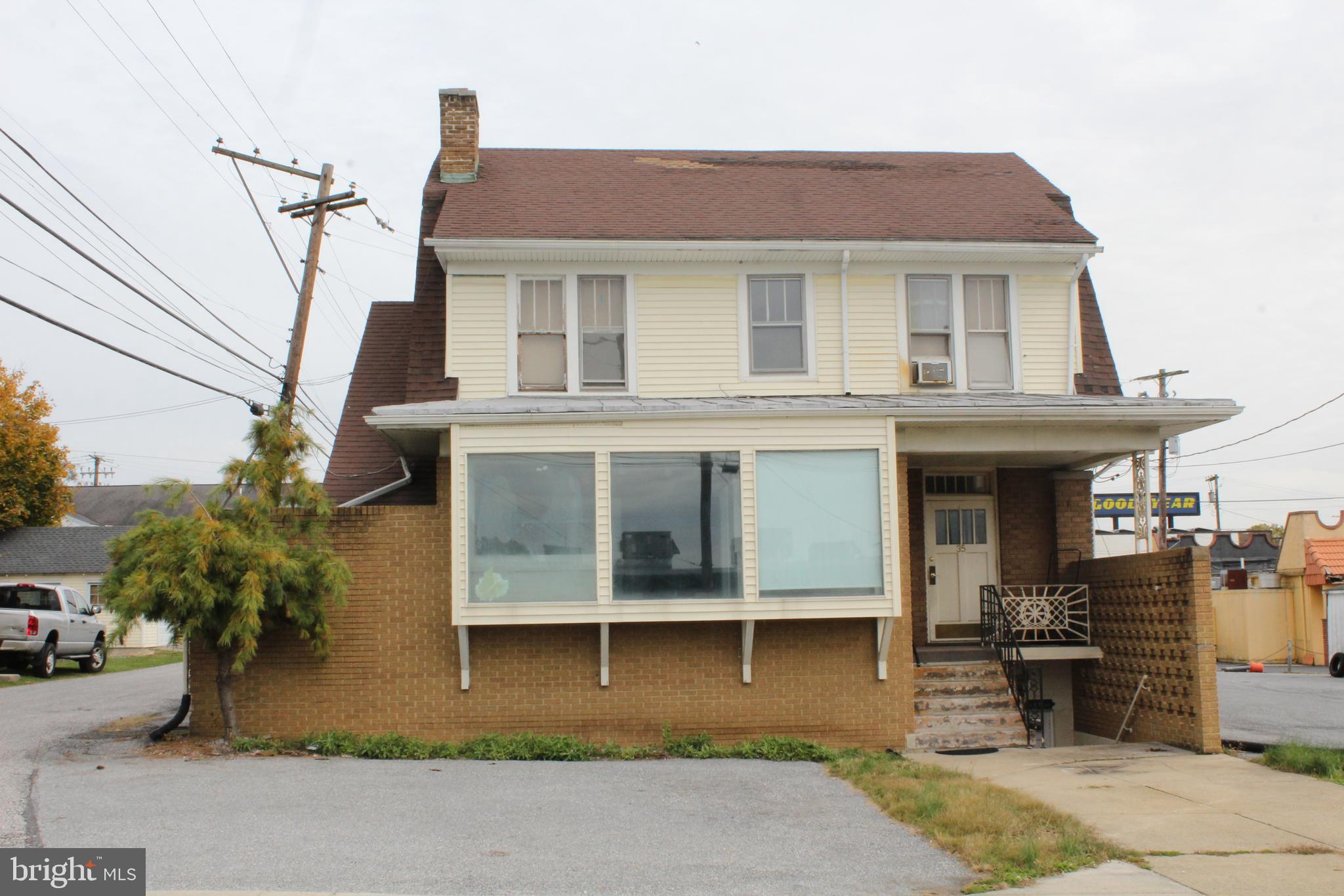 35 N 10TH STREET, LEMOYNE, PA 17043