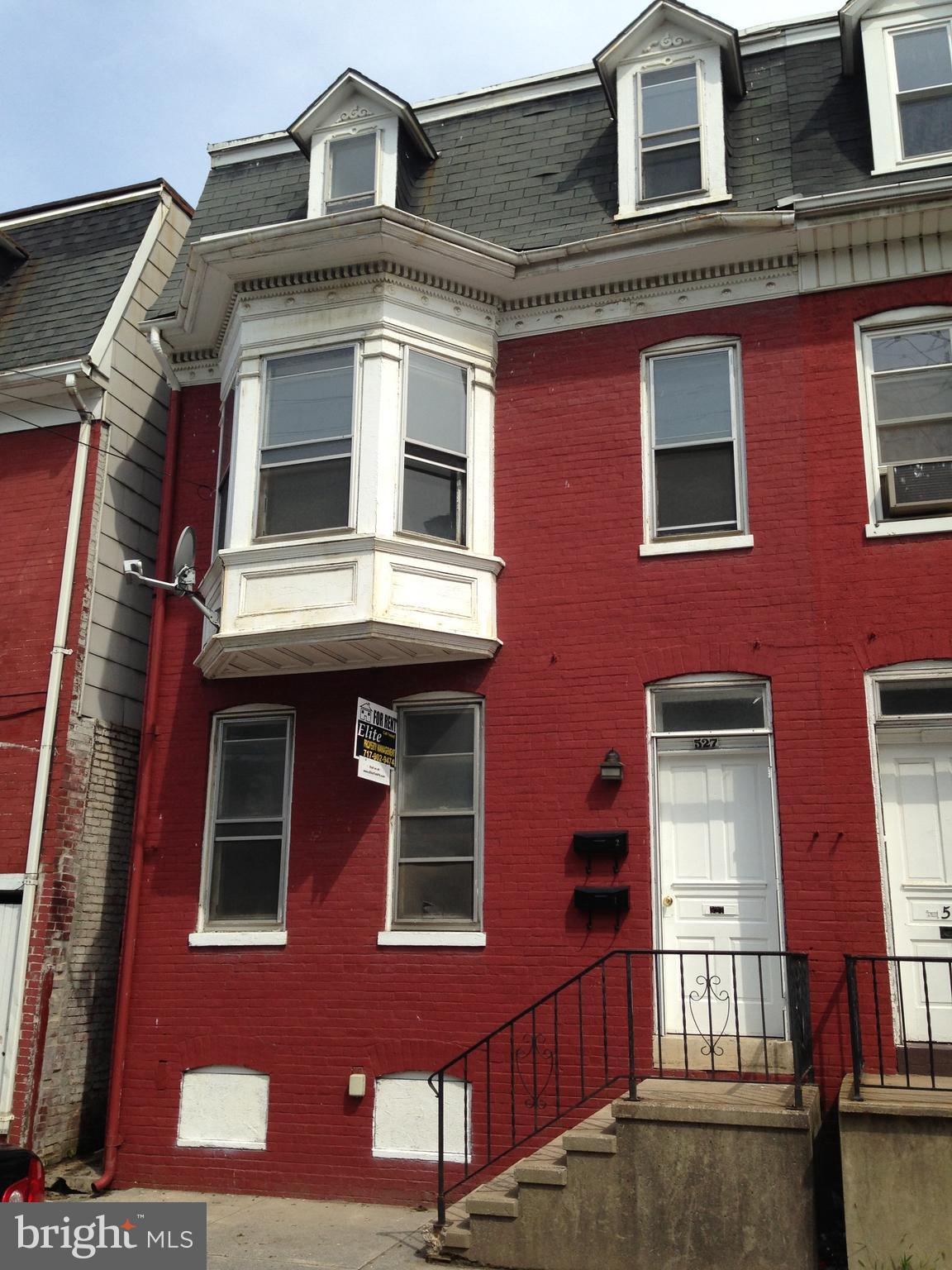 527 E PHILADELPHIA STREET, YORK, PA 17401