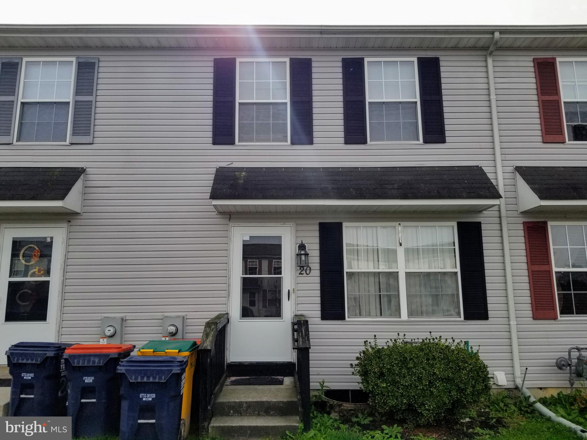 Investor Alert! Priced to sell quickly! This 3 bedroom, 1.5 Bath town home is located in the heart of Middletown. Large Fenced backyard. Tenant in place until May 2020. Within walking distance to Redding Middle school. ~~Schedule your showing today~~