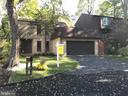 3506 Redwood Ct