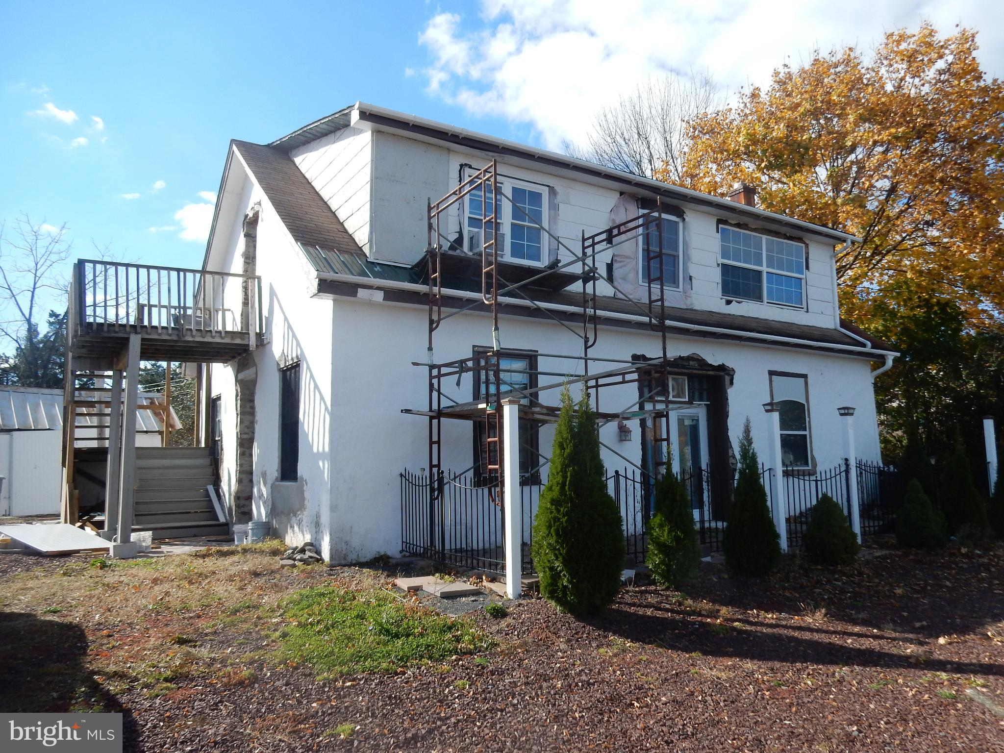 8260 EASTON ROAD, OTTSVILLE, PA 18942