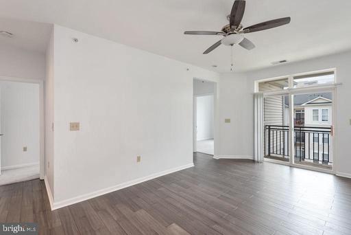 2655 Prosperity Ave #415