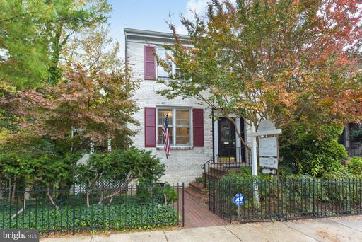 6307 Fort Hunt Rd, Alexandria, VA 22307