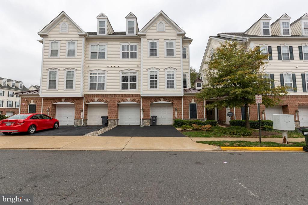 14507 Kylewood Way #134, Gainesville, VA 20155