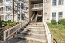 12209 Fairfield House Dr #512a