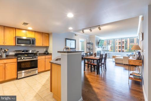 2220 Fairfax Dr #406, Arlington 22201