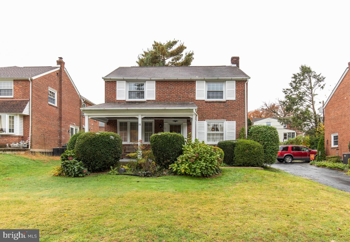 18 Grove Place Havertown, PA 19083