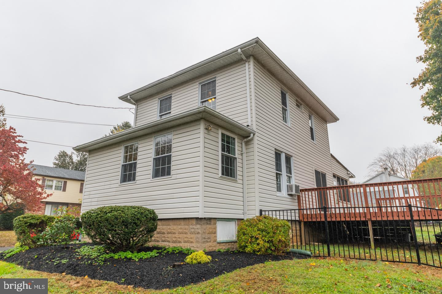 21 ELLIS ROAD, WILLOW GROVE, PA 19090