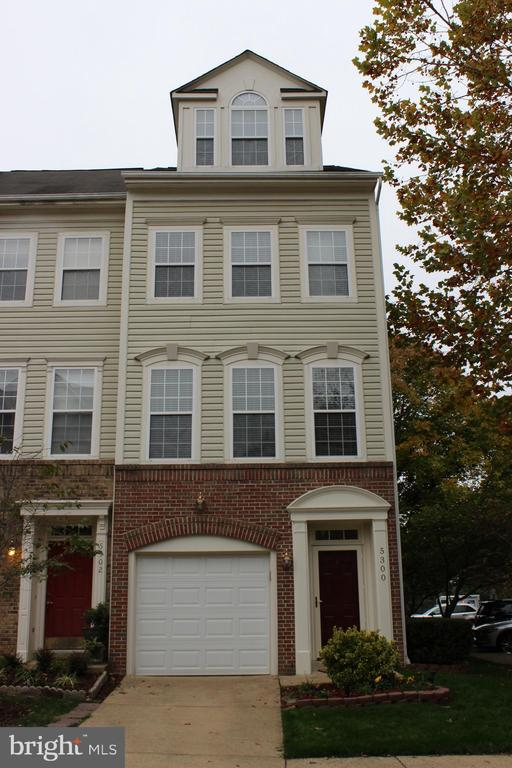 5300 CHIEFTAIN CIRCLE #, ALEXANDRIA VA 22312