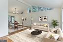 8632 Cromwell Dr