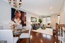 2535 S Kenmore Ct
