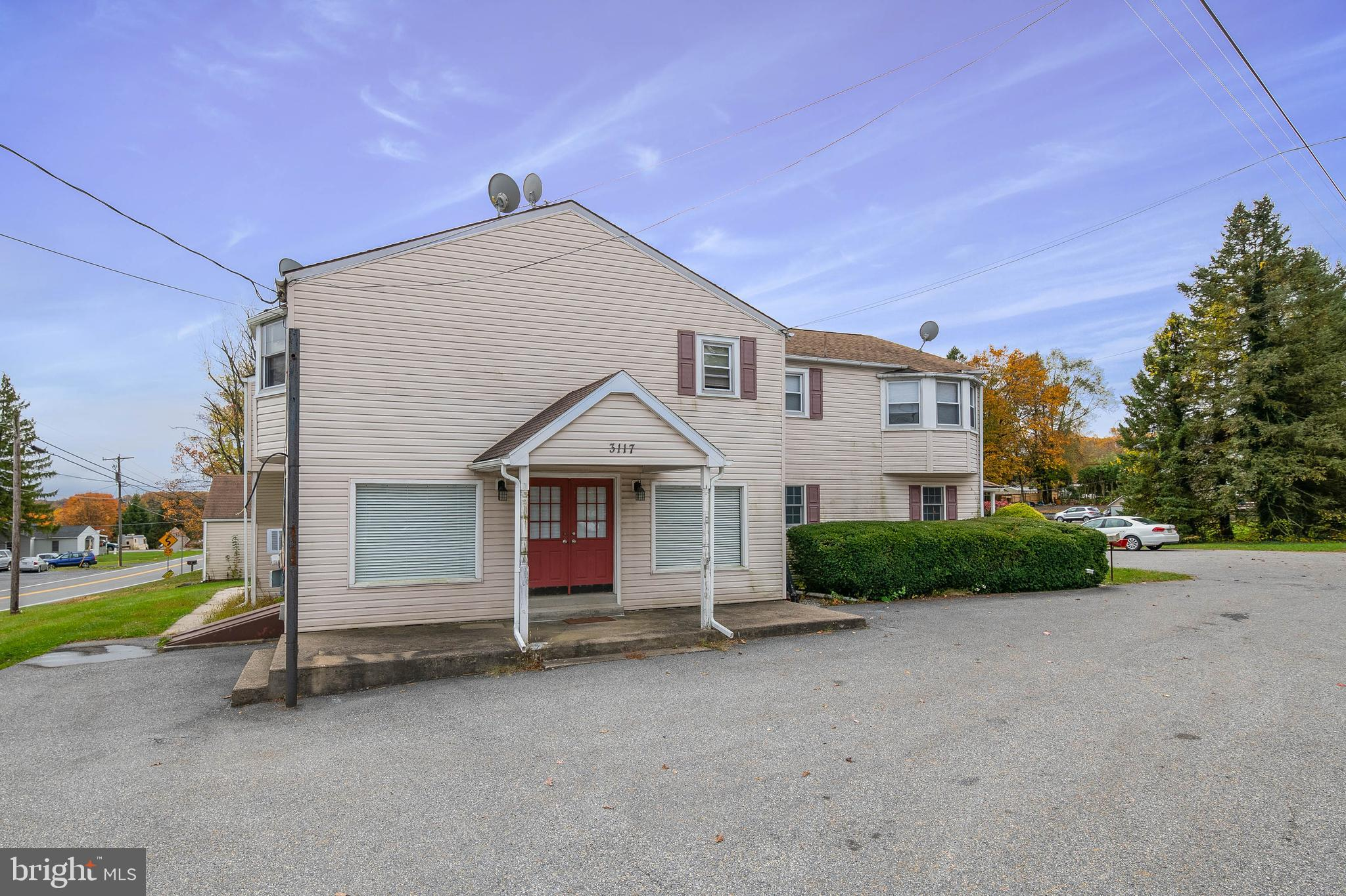 3117 PRICETOWN ROAD, TEMPLE, PA 19560