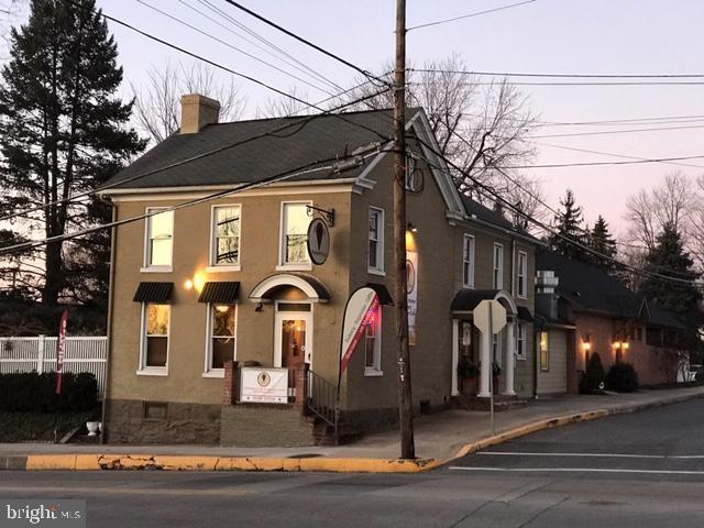 101 W BALTIMORE STREET, GREENCASTLE, PA 17225
