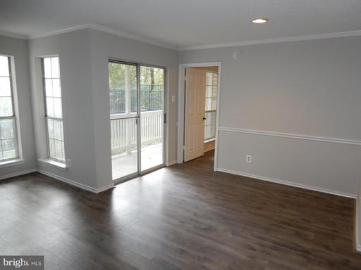 1513 Lincoln Way #103, McLean 22102