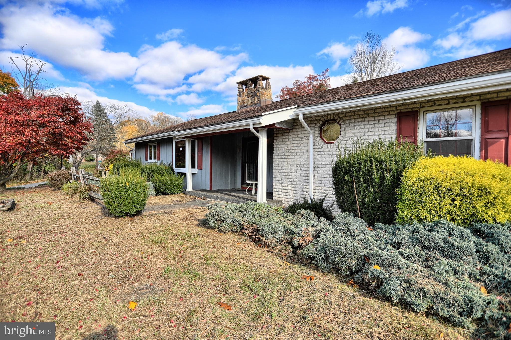 27 Watson Lane, New Bloomfield, PA 17068