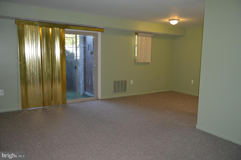 6701 WILMONT DRIVE, GWYNN OAK, BALTIMORE Maryland 21207, 1 Bedroom Bedrooms, ,1 BathroomBathrooms,Residential Lease,For Rent,WILMONT,4,MDBC477580