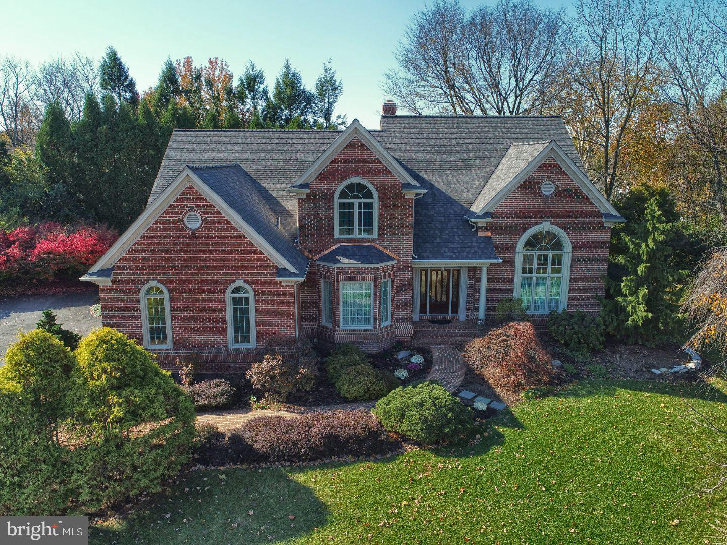 353 GREENBRIAR COURT, WYOMISSING, PA 19610