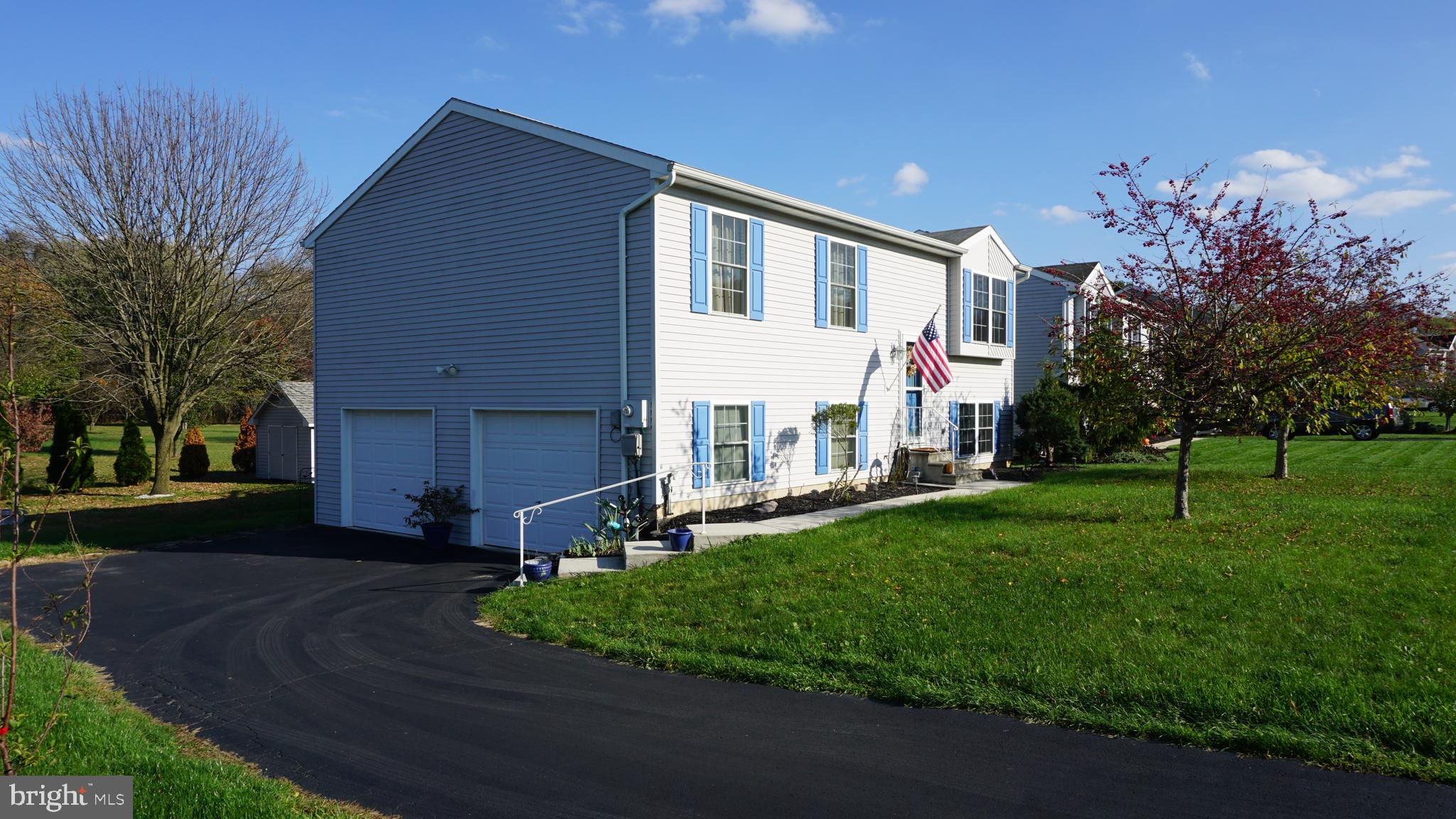 225 IROQUOIS TRAIL, YORK HAVEN, PA 17370