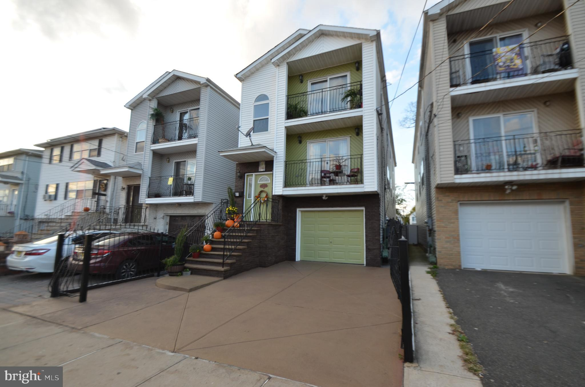 61 S 2ND STREET, ELIZABETHPORT, NJ 07206