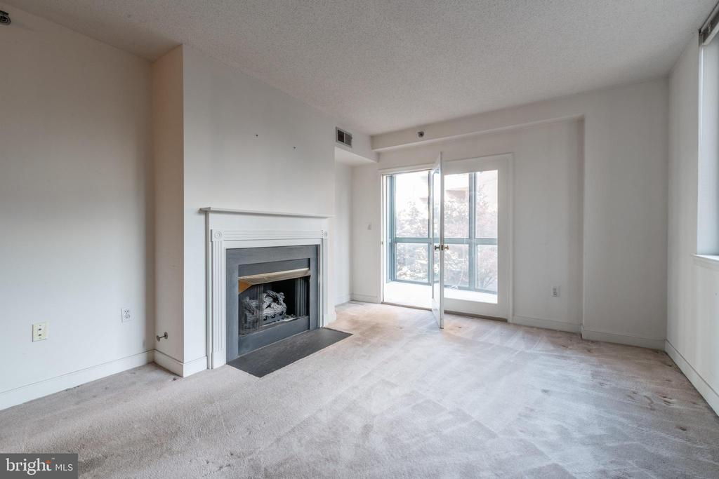 Photo of 1050 N Taylor St #1-310