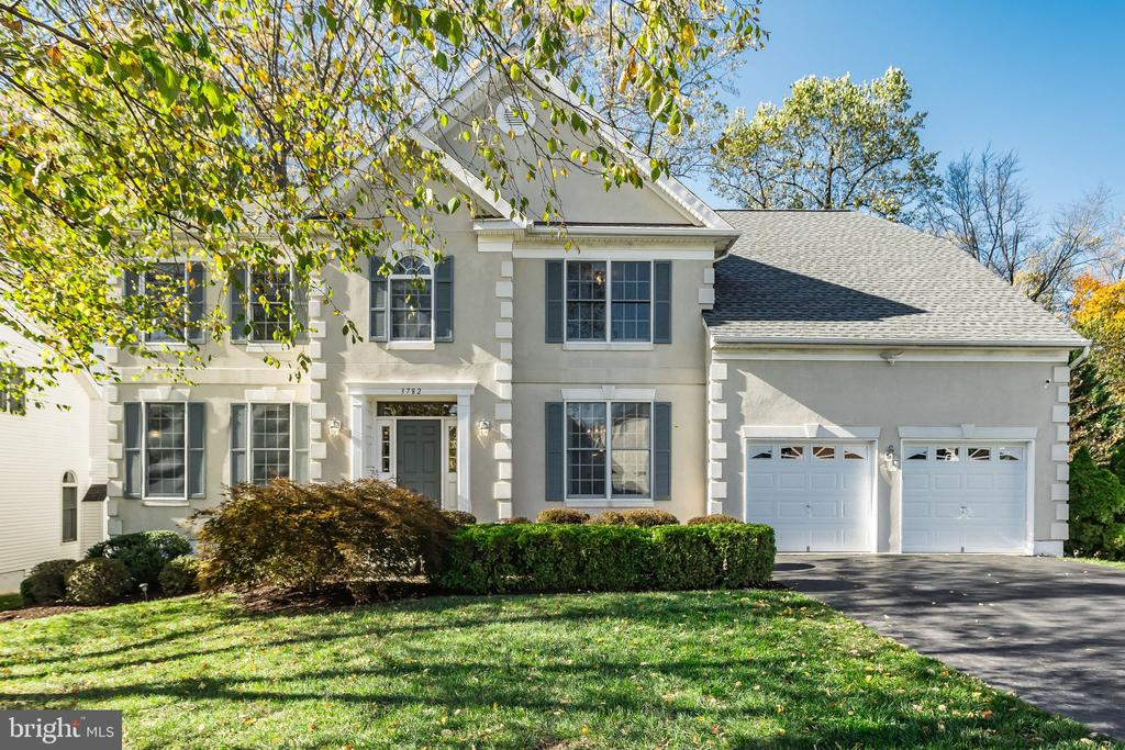 3782  AVENEL COURT, Fairfax, Virginia