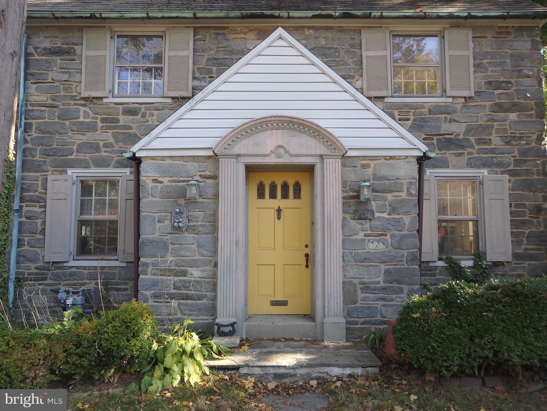 734 Penfield Avenue Havertown , PA 19083